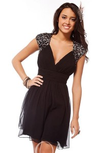 Beading V-neck A-line Chiffon Short Prom/Cocktail Dress - ULOVEE