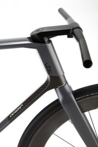 2 | A $32,000 Carbon-Fiber Fixed-Gear Bike, Designed By A Formula 1 Firm | Co.Design | business + design