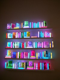 "Sculpture & Installations / Airan Kang ""109 Lighting Books\"" 