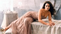 brunettes,women brunettes women actresses kate beckinsale lying down – brunettes,women brunettes women actresses kate beckinsale lying down – Kate Beckinsale Wallpaper – Desktop Wallpaper