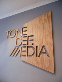 Tone Def Media on Inspirationde