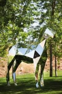 Xavier Veilhan le cheval - Google-Suche