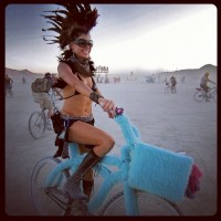 Pin de Neves Creative en Burningman Style & Creativity | Pinterest