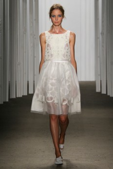 Honor Spring 2015 Ready-to-Wear - Collection - Gallery - Look 34 - Style.com