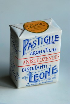 Lozenges packaging from Leone on Inspirationde