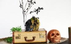 DIY Halloween Chic Skulls