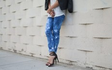 Easy Tie Dye Jeans Tutorial