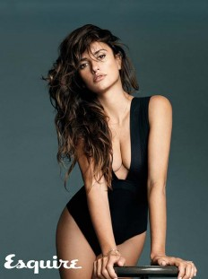 Penélope Cruz Is Esquire's Sexiest Woman Alive For 2014 | Hi Beast