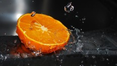 Lemon Water Drops - Photography Wallpapers