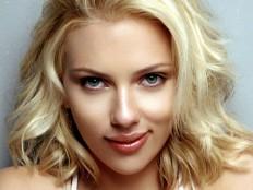 Scarlett_Johansson.jpg (1600×1200)