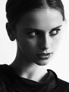 dead girls: sashalarina: Nastya