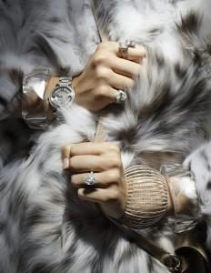 Épinglé par Alessandra Marcelo sur 03 // Jewellery Editorials | Pinte…