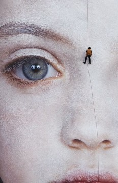 Artist : Gottfried Helnwein – Street art on Inspirationde