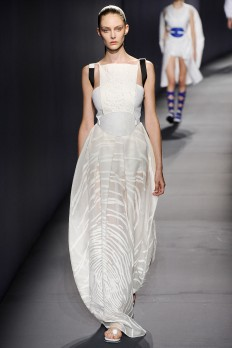 Vionnet Spring 2015 Ready-to-Wear - Collection - Gallery - Style.com