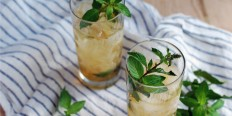 30 Pretty Cocktails That Are Perfect for Spring