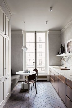 Virtual Vacation: Tour 10 Gorgeous Paris Apartments | Apartment Therapy