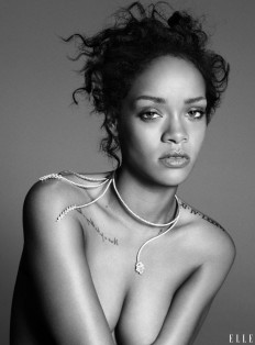 Rihanna by Paola Kudacki | Elle US November 2014 - CzytajNiePytaj - Magazyn Online. Sztuka, Moda, Design, Kultura