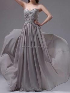 Achetez Forme Princesse Bustier en coeur alayage/Pinceau train Mousseline Robe de soirées avec Emperler en ligne sur Votrerobede