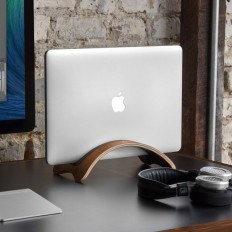 BookArc möd Macbook Stand on Inspirationde