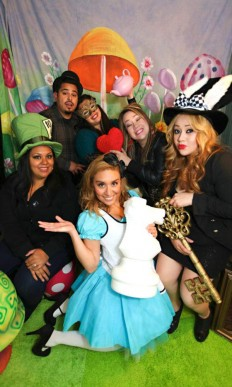 Midnight Alice in Wonderland 30th Un-Birthday Party Planning Ideas