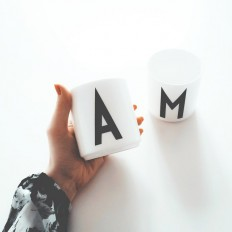Letter Mugs by Arne Jacobsen on Inspirationde