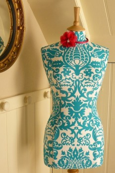 Display Mannequin Vibrant Turquoise Damask Display Dressform - Sophie…
