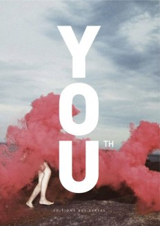 Strong typo on pale photo book cover (Cover Magazine / Book Youth) on Inspirationde