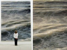 Hyperrealistic large format paintings of ocean waves by Ran Ortner - NetDost.com