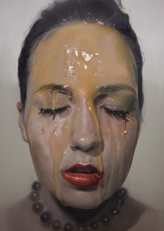 Sensual hyperrealistic portrait paintings of women by Mike Dargas - NetDost.com
