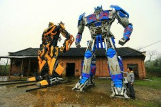 Amazing Gaint Transformer Models out of car parts and Scrap Metal | photographyCC