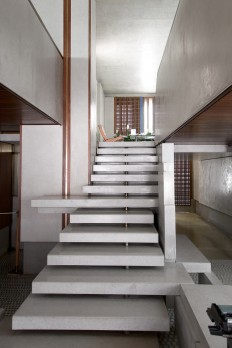Carlo Scarpa. Olivetti Showroom – Venice, Italy 1957 -8 on Inspirationde
