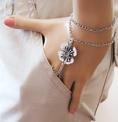 slave bracelet, flower bracelet, Hand Bracelet, Hand Jewelry, slavering, bracelet slave, ring bracelet, body chain, finger bracelet