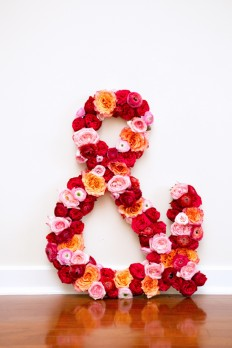 Make This: Giant Fresh Flower Ampersand DIY | Paper and Stitch