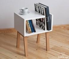 Uno Bedside Table & Bookshelf on Inspirationde