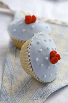 retro rosebud cupcakes by The Great Little Cupcake Company | Flickr - Photo Sharing!