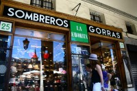 madrid, sombreros gorras, la favorita | Flickr - Photo Sharing!