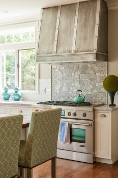 House of Turquoise: Maine Coast Kitchen Design