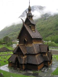 Borgund_stave_church.jpg (JPEG Image, 960×1280 pixels)
