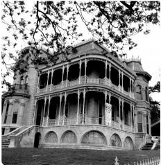 Bremond-House.jpg (JPEG Image, 1897×1948 pixels)