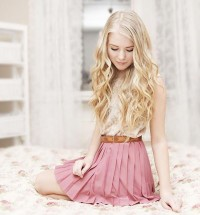 "Skirt //""WITH MY PINK SKIRT ON"" by Fanny Lindblad // LOOKBOOK.nu"