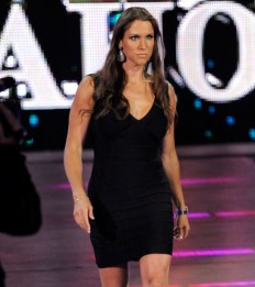 Stephanie McMahon Hot Pictures and Wallpapers
