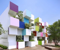 emmanuelle moureaux architecture + design — Sugamo Shinkin Bank / Nakaaoki branch — Image 2 of 9 - Divisare by Europaconcorsi