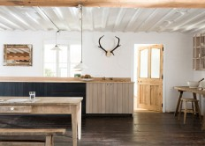 "Sebastian Cox designs ""urban rustic"" kitchen for DeVol"