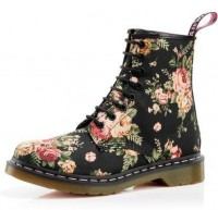 poise / The Official Dr. Martens USA Store - 1460 WOMENS