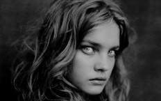 Natalia Vodianova by Paolo Roversi - Photography Wallpapers