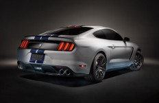 2015 Ford Mustang | Awesome Performance & Eye-Catching Style