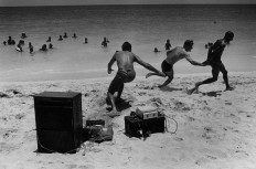 Black and White Photos of Daily Life in Cuba
