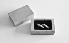 Wearable Architecture: Studio Vacek Sculpts Concrete Jewelry & Box for Gravelli — KNSTRCT