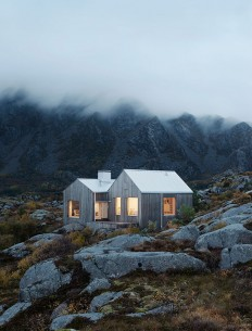 The house on the northern Norwegian island of Vega is designed by Kolman x Boye on Inspirationde