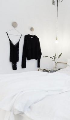 Pin od Dagný Björg • MONDAY na bedroom   Pinterest